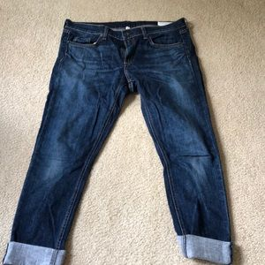 Rag and Bone at a great price. These are Dre.